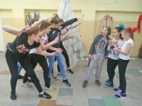dzieci-z-grupy-teatralnej