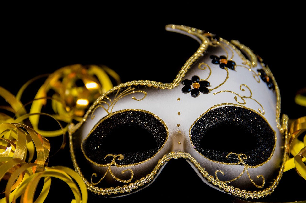maska-karnawałowa
