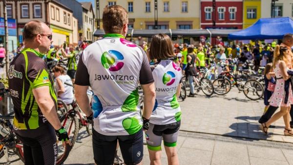 rowerzyści-na-rynku