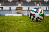 piłka-na-boisku