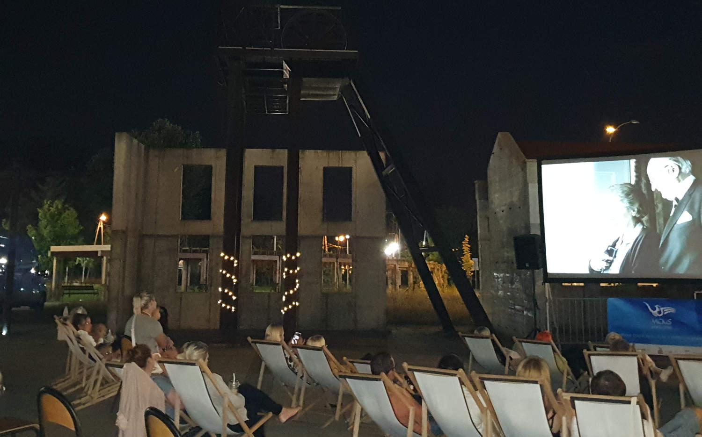 kino-pod-chmurką