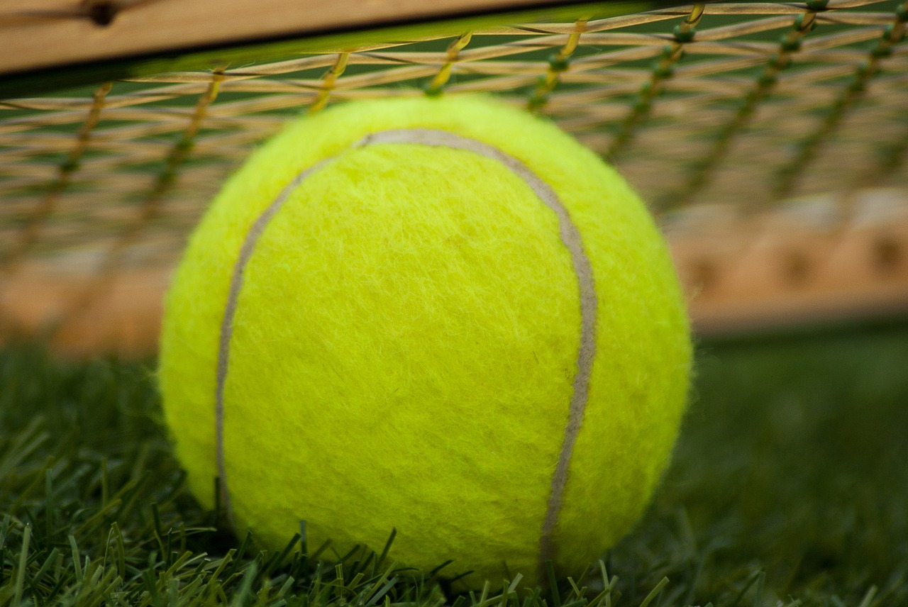 piłka-tenisowa