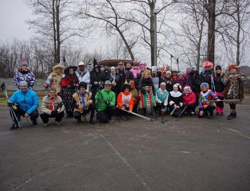 """""""Chodzimy w karnawale"""" – Marsz Nordic Walking"""
