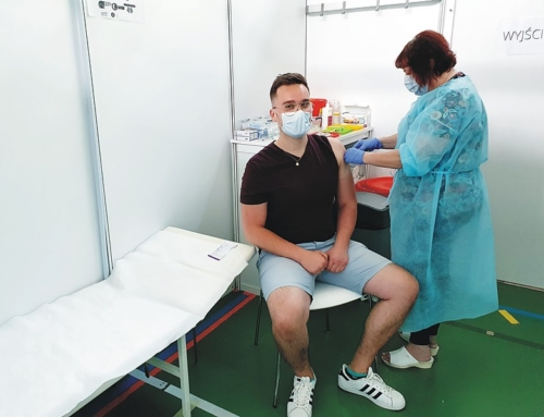 Więcej szczepień – mniej obostrzeń